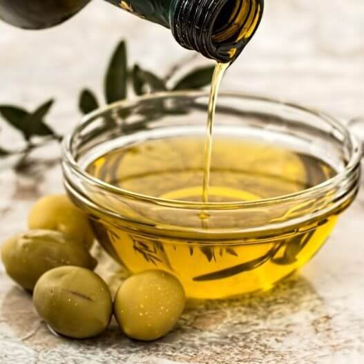 L'huile d'olive bio très hydratante