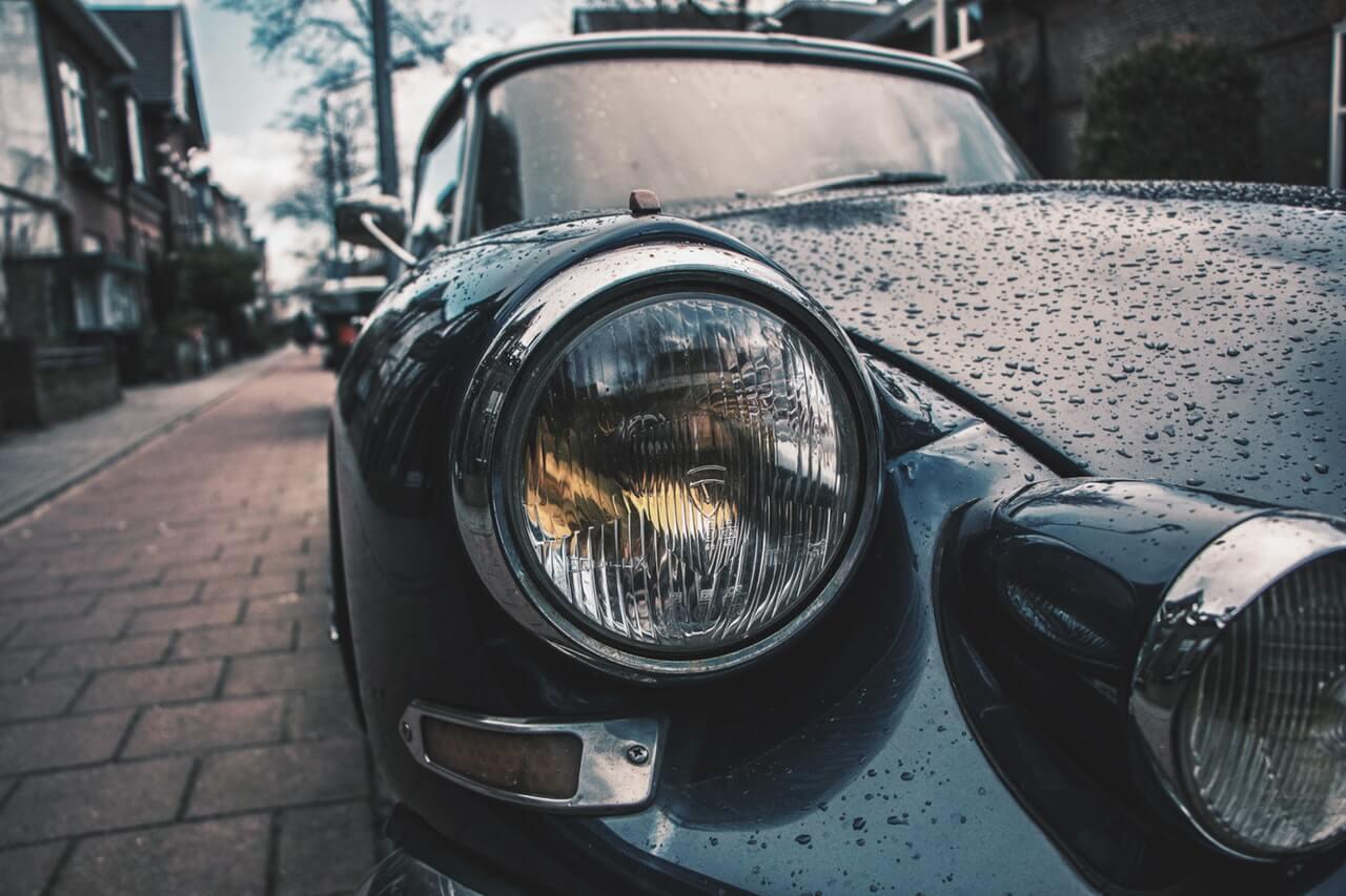 Nettoyage extérieur de sa voiture au savon noir